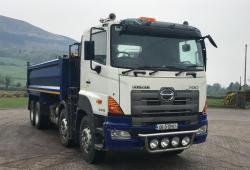 Hino 700 Series 3213 With Grab