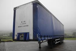 Fruehauf Curtain Trailer