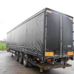 Montracon Curtain Trailer